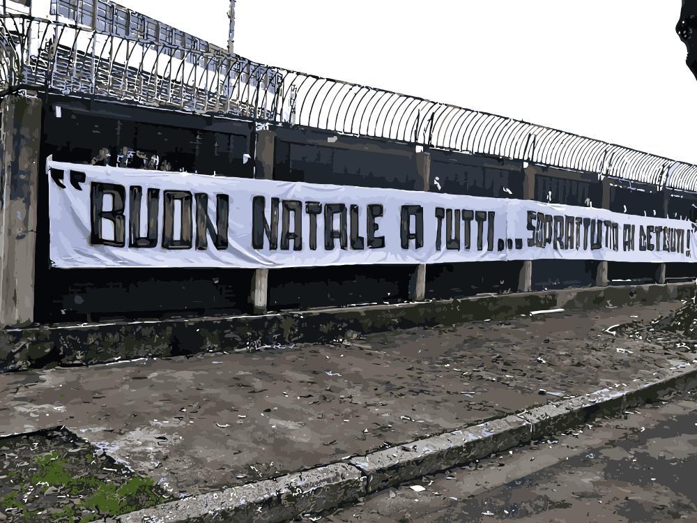 Buon Natale Ultras.Brescia Vs Livorno 2012 2013 Buon Natale A Tutti Soprattutto Ai Detenuti Servizio